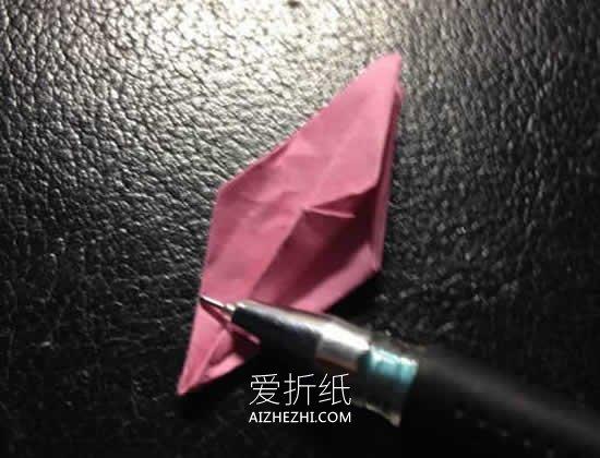 怎么折纸立体百合花 手工折纸百合的方法图解- www.aizhezhi.com