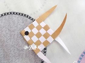 折纸小鱼的方法 小鱼的折法图解