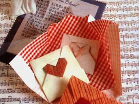 情书信封怎么折 带爱心情书信封的折法图解
