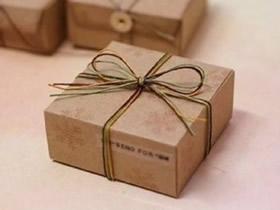 如何折纸方形包装盒 牛皮纸包装盒的折法图解