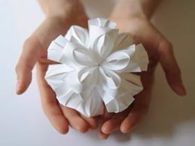 漂亮的纸花球图片 立体花球折纸作品欣赏