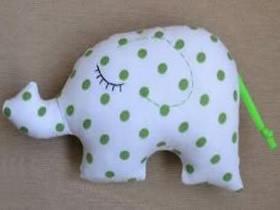 手工布偶制作图纸 包括长颈鹿大象刺猬和兔子