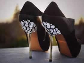 高跟鞋鞋跟改造方法 用水钻改造高跟鞋教程