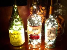 怎么利用酒瓶的方法 废旧酒瓶手工制作图片