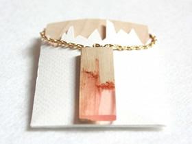 DIY树脂项链怎么做 漂亮废木片项链坠制作