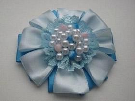 怎么用缎带制作花朵 手工缎带胸花DIY图解