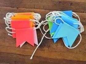 怎么做彩虹旗帜装饰 幼儿园教室旗帜挂饰制作