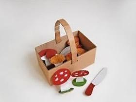 怎么制作幼儿过家家玩具 废纸箱做篮子和蘑菇
