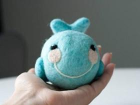 怎么用羊毛毡制作小鲸鱼 宝宝鲸鱼摇铃手工制作