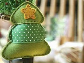怎么做圣诞树小挂件 布艺手工制作圣诞树饰品