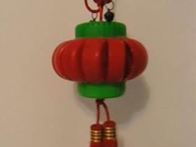怎么做小灯笼图解教程 塑料瓶盖手工制作灯笼