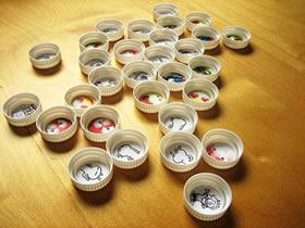 塑料瓶盖怎么做玩具 瓶盖手工制作记忆力玩具
