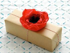 怎么把丝绸做成花朵 用来装饰礼品包装盒图解