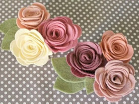 简单又漂亮的手工布艺玫瑰花 怎么做图解教程