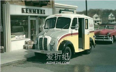 60多岁老摄影师的爱好 打造逼真的小镇模型- www.aizhezhi.com