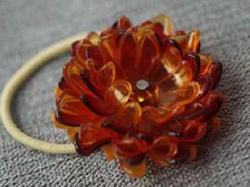 怎么做塑料花头绳图解 塑料瓶手工制作花朵