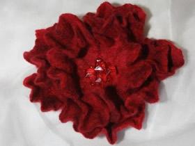 怎么做羊毛毡胸花图解 湿毡花朵手工制作教程