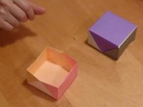 怎么折纸正方形盒子 手工带盖子纸盒的折法
