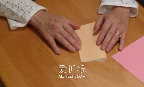 怎么折纸正方形盒子 手工带盖子纸盒的折法- www.aizhezhi.com