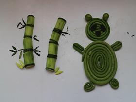 幼儿用水果蔬菜做手工拼图的作品图片