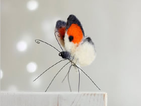 美丽的小装饰!手工制作羊毛毡蝴蝶的作品图片