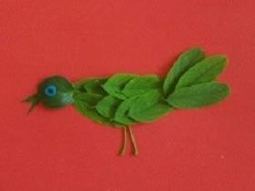 怎么用树叶拼贴小鸟 叶子制作小鸟贴画方法