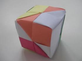 怎么折纸立方体的方法 手工六色方块折法图解