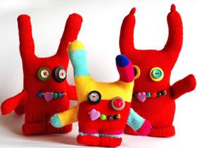 怎么做手套娃娃的方法 旧手套手工制作小怪物