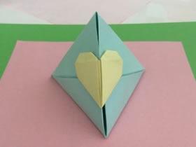怎么折纸简易纸盒的方法 用爱心封口像粽子
