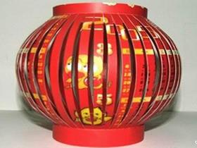 怎么做新年红灯笼图解 旧挂历手工制作灯笼