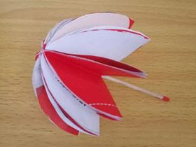 怎么做简单的小雨伞 儿童简单手工折纸雨伞