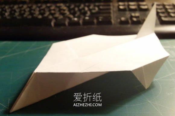 怎么折纸飞得又快又远纸飞机的折法图解教程_爱折纸网 最新折纸方法