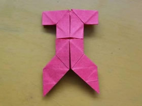 怎么折纸小衣裤的方法 儿童简单衣裤的折法