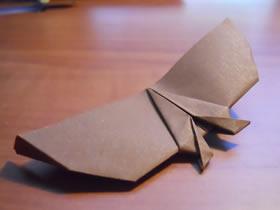 怎么简单折纸蝙蝠飞机 手工可以飞的蝙蝠折法