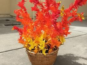 怎么折纸千纸鹤 做一个象征希望的火焰雕塑