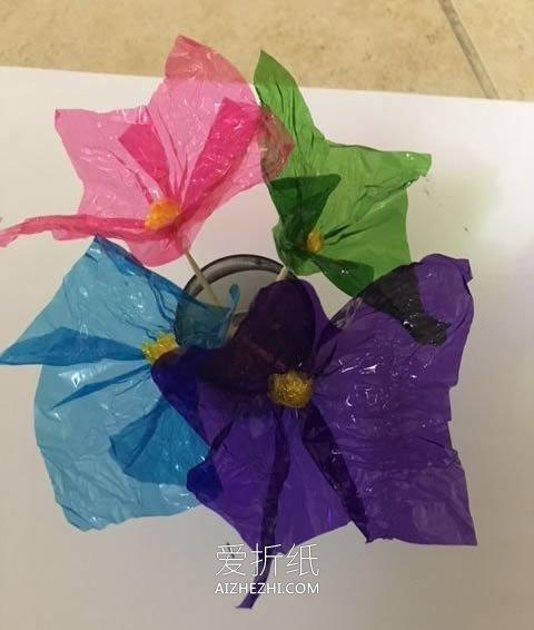 怎么简单做玻璃纸花 玻璃纸手工制作花朵图解_爱折纸网 最新折纸方法