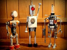 怎么用旧零件做机器人 电子产品制作机器人模型