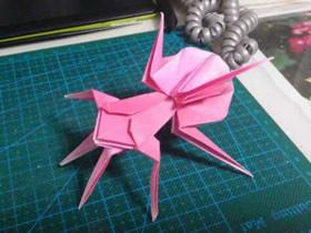 幼儿园简单面具卡纸_怎么用卷纸芯做万圣节蝙蝠的方法图解_爱折纸网