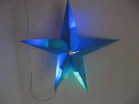 怎么手工做会发光的圣诞星的方法图解