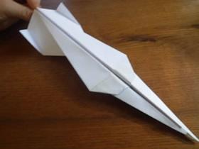 怎么折纸飞得又快又稳的纸飞机的折法步骤图