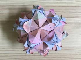 怎么手工折纸五角星花球的折法步骤图解