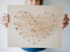怎么做绕线爱心装饰画的手工制作教程