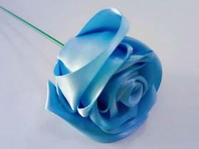 怎么做丝带玫瑰花的制作方法图解教程