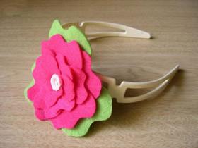怎么做布艺花朵发箍的手工制作图解教程
