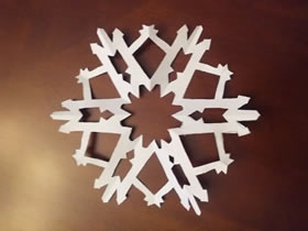 漂亮纸雪花怎么剪的图解教程