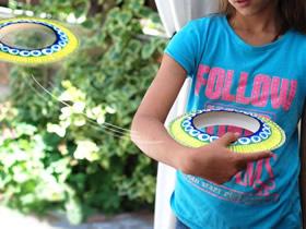 怎么用蛋糕盘做飞碟飞盘玩具的手工制作教程