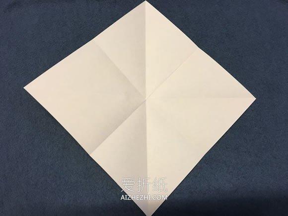 若何折千纸鹤的具体折法过程图解- www.aizhezhi.com