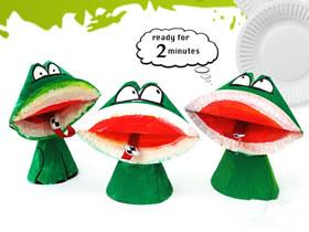怎么用纸盘做大嘴青蛙的制作方法图解