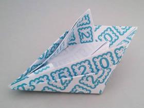 儿童怎么折纸小游艇的折法步骤图解