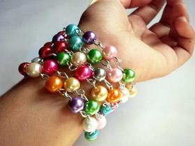 怎么做彩虹串珠手镯链子的制作方法图解